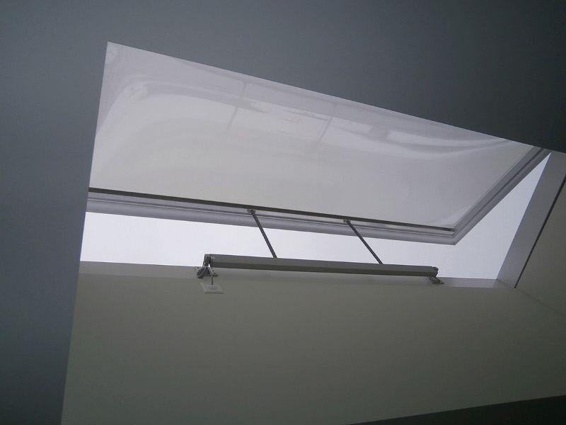 ffnungsvorrichtungen isba ag tageslichtsysteme aus der schweiz. Black Bedroom Furniture Sets. Home Design Ideas